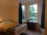 Enormous Living/Double bedroom, close to sea. All bills & WI-FI