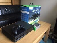 500GB Xbox One Gaming Console With One controller & 3 games