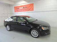 2012 Volkswagen Jetta Highline TDI 0.9% Financing , NEVER ACCIDE