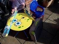 Child's spongebob squarepants patio set,2 chairs and brand new swingball