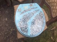 Seaside themed toilet seat - second hand