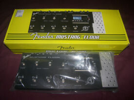 Fender Mustang Floor Guitar Multi Effects Processor / As New !
