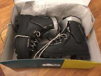 Scarpa Vega boots size 8 Mens