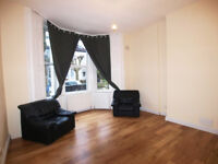A modern and bright 1 double bedroom flat with large windows located in Turnpike Lane