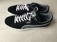 Puma suede men's shoes/trainers size 9/43