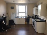 1 Large, Luxury, Modern Studio Flat in Plymouth City Centre