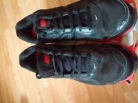 Nike mens black and red trainers. Size 12.
