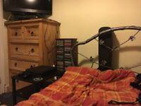 Single room Central Romford