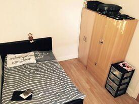3 nice doule bedrooms in Stratford