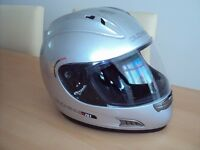 Duchinni D701 Motorcycle Helmet .Small size 56 .
