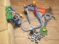 Thomas and friends take along and play set