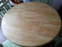 SHABBY CHIC PINE FARMHOUSE TABLE & CHAIRS INCLUDES FREE DELIVERY.