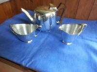 Vintage / retro Picquot Tea pot set