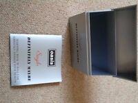 Oasis Single Box (Silver, Definitely Maybe)