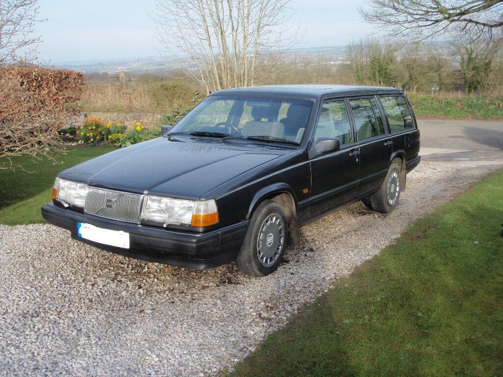Volvo 940 Estate 1992 in Steel Grey. Diesel, 2383 cc Turbo; Intercooler; Manual.