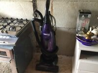 1800w HOOVER UPRIGHT
