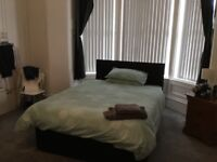 Fabulous ensuite room to rent in Great western road , £120 a week , no other bills to pay .