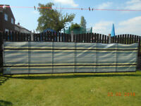 7 pole tall deluxe windbreak very good clean used condition