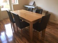 Solid Oak Extending Dining Table, Excellent Condition