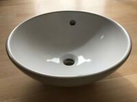 Stylish white ceramic bathroom basin & fittings - new, never used