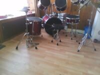 Full adult size pearl drum set