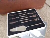 Stellar 7 piece cake cutlery set