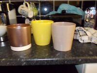 3 ceramic vases