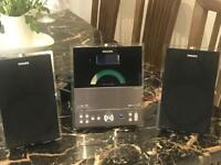 Micro Hifi system - Phillips- excellent condition and working order