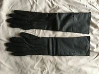 New Tommy Hilfiger elbow length leather gloves