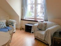 Single room convenient for city, University and buses.
