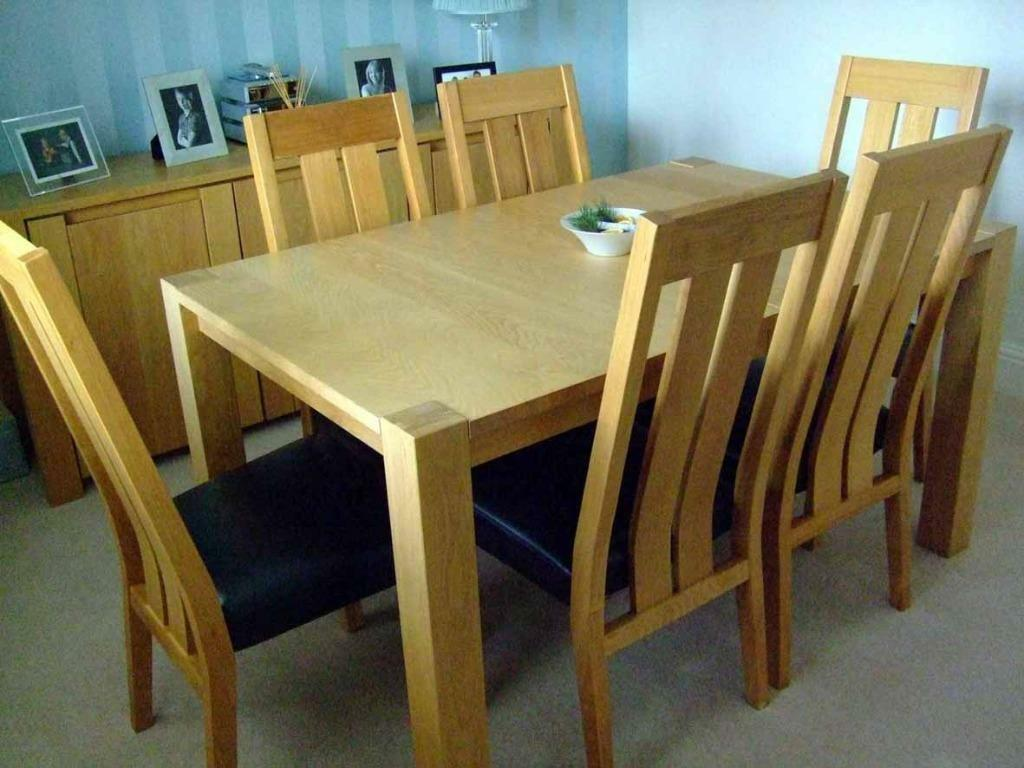 Barker and Stonehouse Extendable Oak Dining Table and 6  : 86 from www.gumtree.com size 1024 x 768 jpeg 90kB