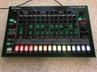 Roland TR-8 Drum Machine with full expansion!