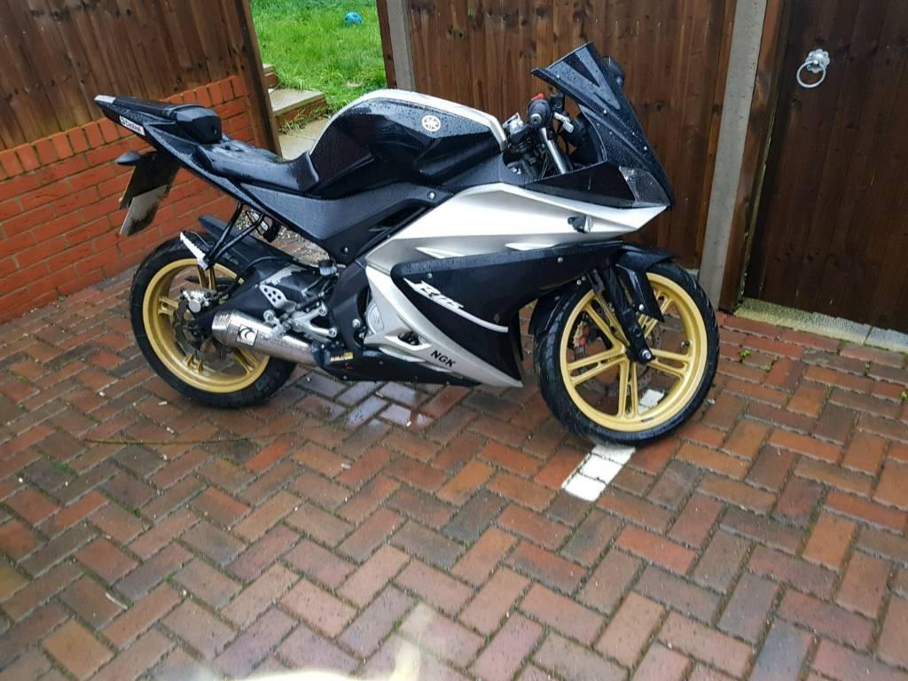 Yzf r 125cc MOT SWAPS OR £1450!
