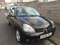Renault Clio 1.2 16v new M.O.T Cambelt and new clutch FSH 2006 Air Con