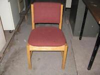 60 chaises en bois bistro ou restaurant
