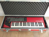 Nord Wave in fantastic condition, with custom-made red flight case.