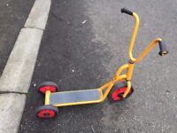 Winther-yellow 3-wheel scooter Model 588.00 | Age 2-4