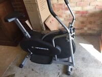 CONFIDENCE FITNESS EXERCISE BIKE