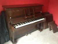 Upright piano FREE