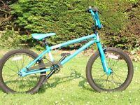 BMX - Mongoose Capture (as new - never ridden)