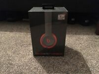 BEATS Solo 2 Wireless Headphones - Black and Red Edition