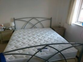 Super King Size mattress (180cm x 200 cm) - hardly used