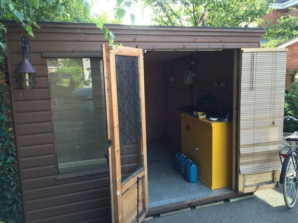 Garden Sheds Gumtree garden shed/summer house, approximately 3.5m x 3m ply lined and