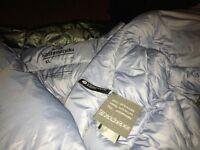 Kathmandu Ultralight 800 fill goosedown jacket also Arcteryx size XL new
