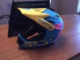 Seven Full Face Helmet.