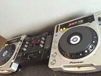 2x Pioneer cdj-800 mk2 + DJM-300 good dondition.