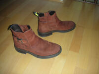 Mens Brown Boots - Size 8 and half