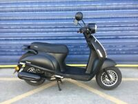 2019 SINNIS ENCANTO 50cc MOPED SCOOTER, HPI CLEAR , LOW MILES ,GOOD CONDITION
