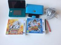 Nintendo 3DS metallic blue, good condition, includes charger, case, pens and 2 games.