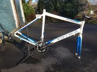 Carerra Virtuoso 54cm bike frame plus crankset & wheels